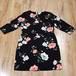 Old Navy xl flowered black floral dress 14 16